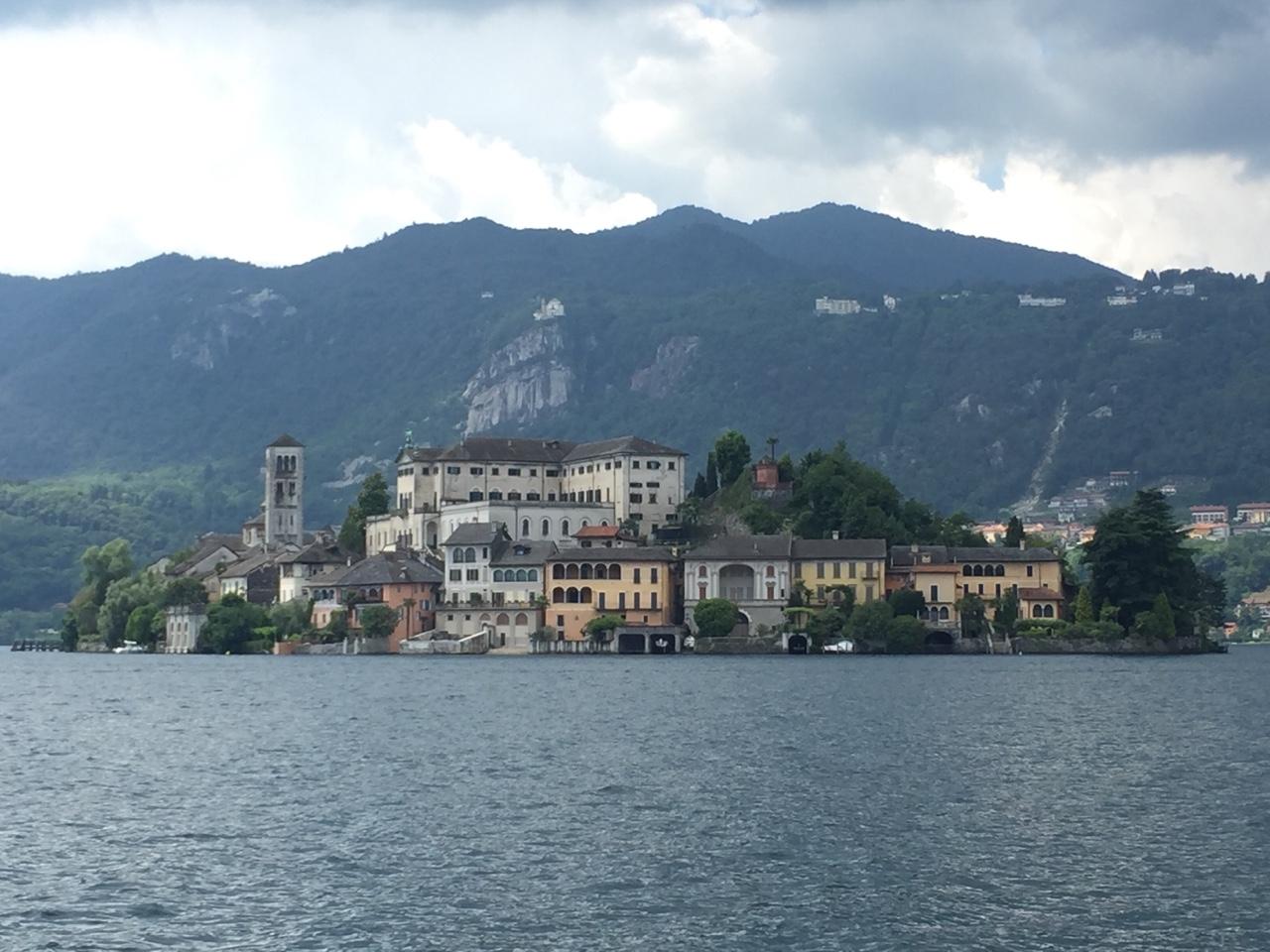 Go. Lake Orta,Italy