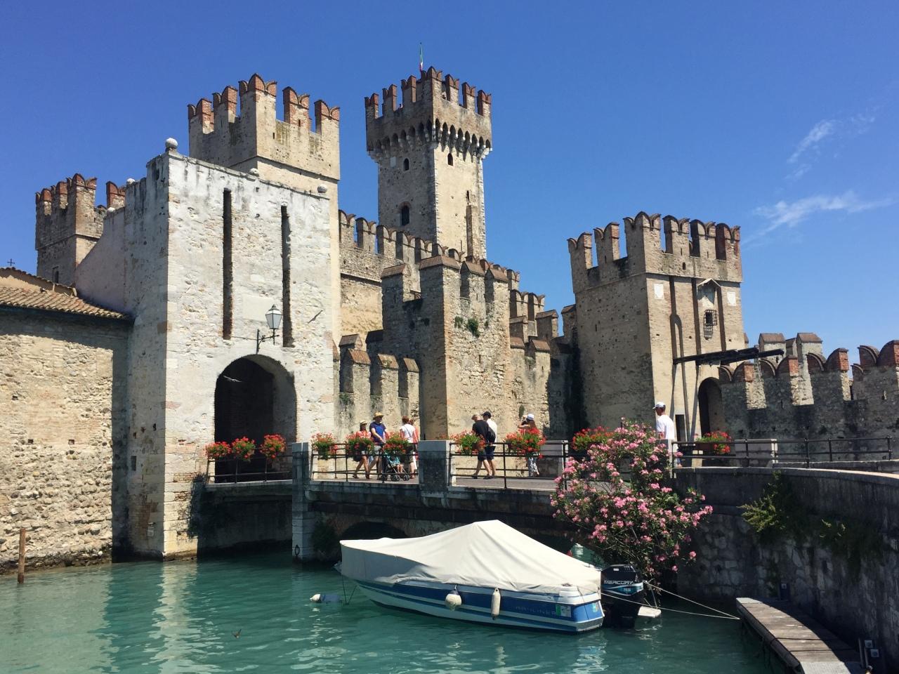 Go. Sirmione (Lake Garda).Italy.