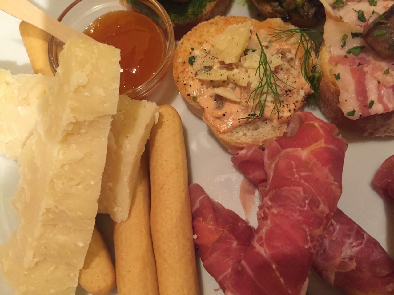 Eat. Verona. Italy.